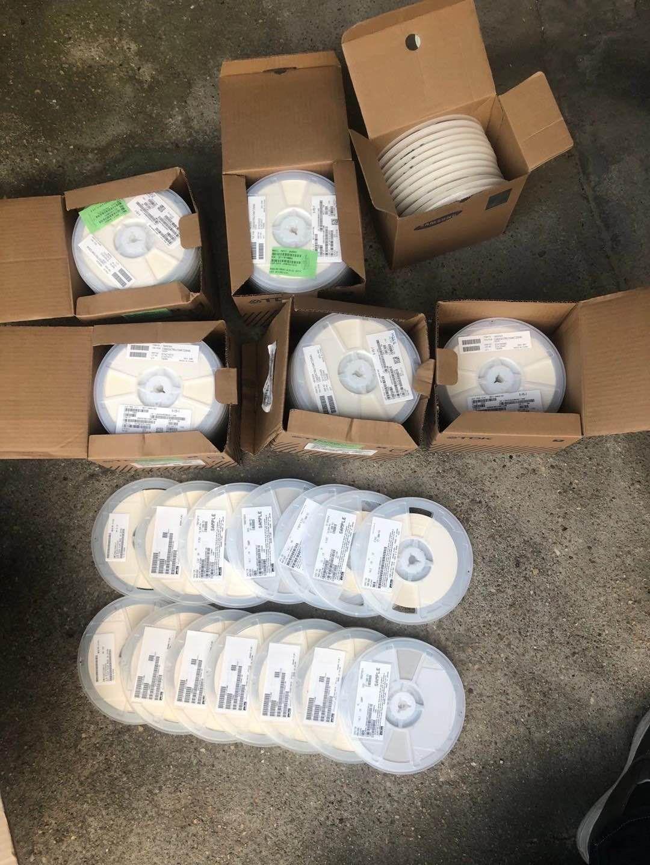 宜春回收工厂倒闭搬迁设备西门子PLC模块西门子控制设备触摸屏