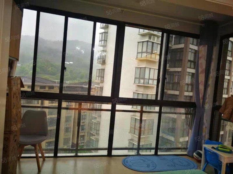 房东急售千年美丽电梯中间楼层精装三房二卫