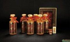 赤峰高价回收3-6斤茅台酒瓶,回收50年80年茅台空瓶
